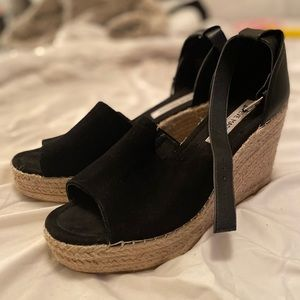 Steve Madden sandals with wedge